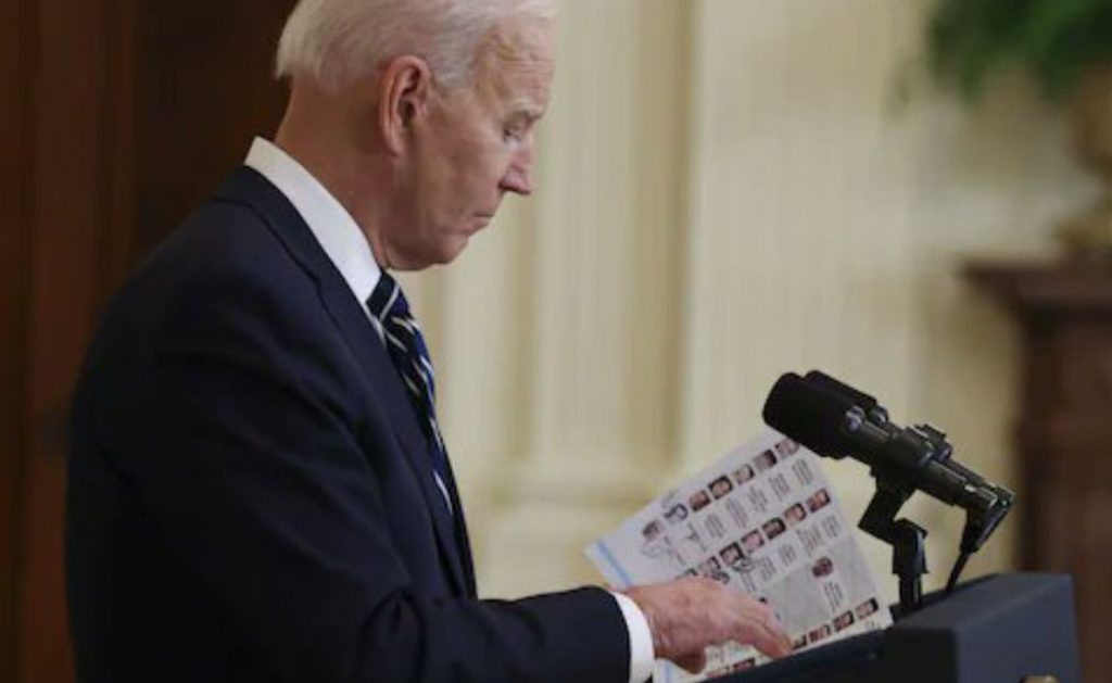 Joe se totalno raspao... BIDENNOTES1-scaled
